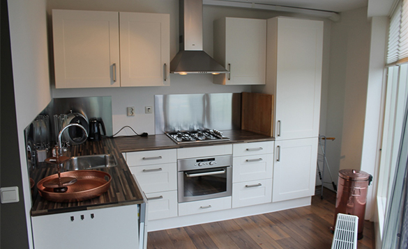 Kitchen in a villa at Nautic Rentals, Oude Tonge/