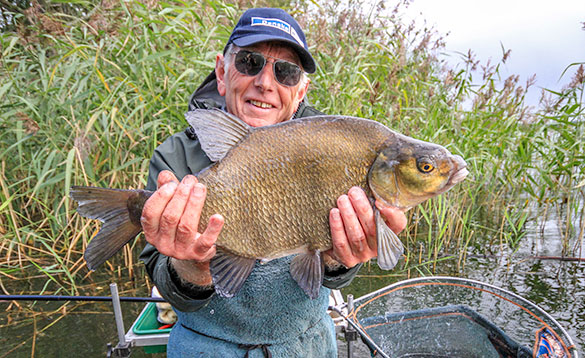 Silkeborg Bream casting out into deeper water/