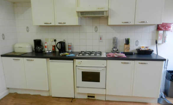 Kitchen in a self-catering house at Erneside Townhouses, Belturbet/