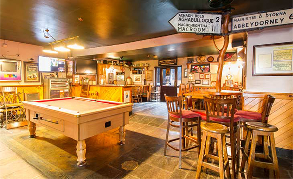Bar area with pool table at O'Callaghan's Bar in Coachford/