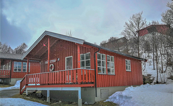 Self-catering cabin at Skjervoy Fishing Camp/