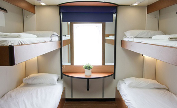4 berth cabin on the Stena Europe ferry/